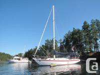 1972 Ericson 35 Harken Furling with more recent head