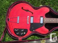 Guitare Gibson ES-325 fabriquée en 1972 à Kalamazoo,
