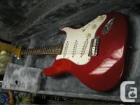 american fender strat.1974 red... in very nice