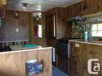 Selling our 1980 18ft Travel Trailer. Unit is equipped