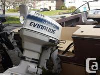 1980's 17.5 Campion 1999 Evenrude 90hp V4 2 stroke,