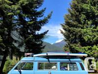 Make Volkswagen Model Vanagon Year 1983 Colour blue