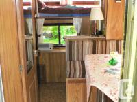 "9'6"" fiberglass camper 95 Deluxe Model 535 kg"