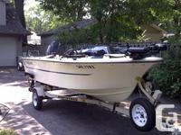 1985 15' WILKER DEEP V FISHING BOAT WITH A 1989 60HP