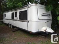 1986 argosy by airstream this is the top-of-the-line
