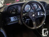 Make Porsche Model 911 Year 1986 Colour blue kms
