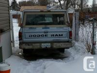 Make Dodge Model D150 Year 1986 Colour blue kms 170000