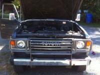 Make Toyota Model Land Cruiser Year 1986 Colour Grey