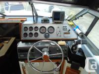 This older Doral 250 Citation Cruiser is in