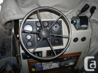 18' Boston whaler Outrage with 200 hp Mercury and