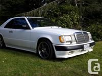 Make Mercedes-Benz Model 300CE Year 1988 Colour White