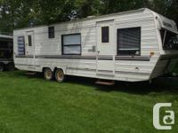 camper is in good shape and very clean separted bedroom