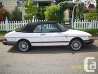 Make. Saab. Design. 900. Year. 1988. Colour. white.