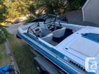 1989 Checkmate, 21 foot bowrider 350 Motor & Alpha One