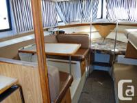 1989 CHRIS CRAFT 290 CATALINA SUNBRIDGE This is a