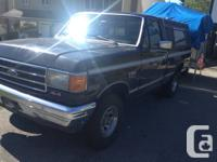 Dismantling this ford vehicle. 302 (crate new) with