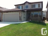 Whyte Ridge! This attractive Randall house integrateded