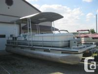 1990 Harris 24' Pontoon Boat w/ 4 CYL Inboard/Outboard