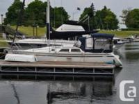 For Sales: 1990 Hunter 30' with an 11' beam Sailboat,