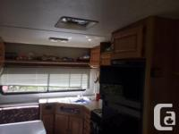 26.5 foot 5th wheel all appliances work needs a bit of