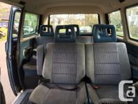 Make Volkswagen Model Vanagon Year 1990 Colour blue