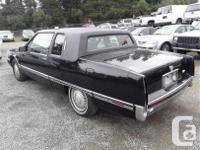Make Cadillac Model Fleetwood Year 1991 Colour Black