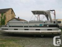 1991 Harris Flote Boat 24' Pontoon Boat w/ 40 hp