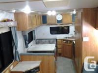 5th wheel trailer for sale, sleeps 6, comes with