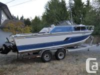 For sale is a rare 1993 Starcraft Island 221V with a