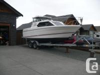1993 Bayliner Classic 2452 ,Low Hours on a very strong