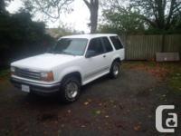 Make Ford Model Explorer Year 1993 Colour White kms