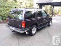 Make Ford Model Explorer Year 1993 Colour Maroon kms