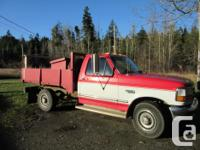 Make Ford Model F-250 Series Year 1993 Colour RED kms
