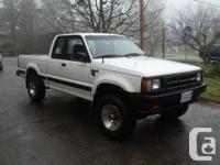 Make. Mazda. Model. B2600. Year. 1993. Colour. White.