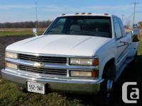 Make Chevrolet Model 3500 Colour White Trans Manual