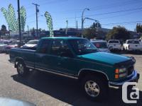 Make GMC Model Sierra 1500 Year 1995 Colour Green kms