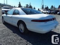 Make Lincoln Model Mark VIII Year 1995 Colour white
