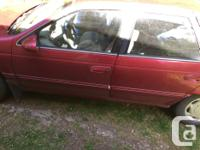 Make Mercury Model Sable Year 1995 Colour Red kms