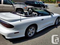 Year 1995 Colour White with White Leather Interior