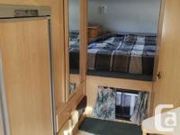 "10'6"" Canadian Flyer Camper Queen size bed, 3-Way"