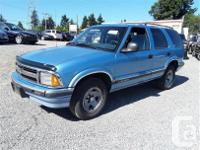 Make Chevrolet Model Blazer Year 1996 Colour blue