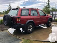 Make Nissan Model Pathfinder Year 1996 Colour red kms