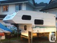 8'10 slumber Queen camper for sale, very clean,