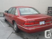 Make Ford Model Crown Victoria Year 1997 Colour brown