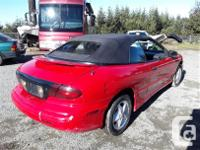 Make Pontiac Model Sunfire Year 1997 Colour Red kms