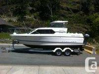 1998 Bayliner 2452 Ciera Express is in excellent
