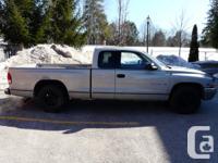 1998 Dodge Dakota SLT 2WD - 5.2 litre Magnum V8 -