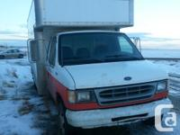 Make Ford Model E-350 Year 1998 Trans Automatic kms