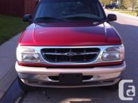 Make Ford Model Explorer Year 1998 Colour Red kms