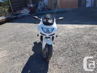 Make Kawasaki Model Ninja Year 1998 kms 32197 This bike
